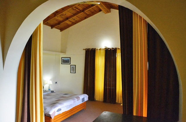 Holiday Cottage In Binsar